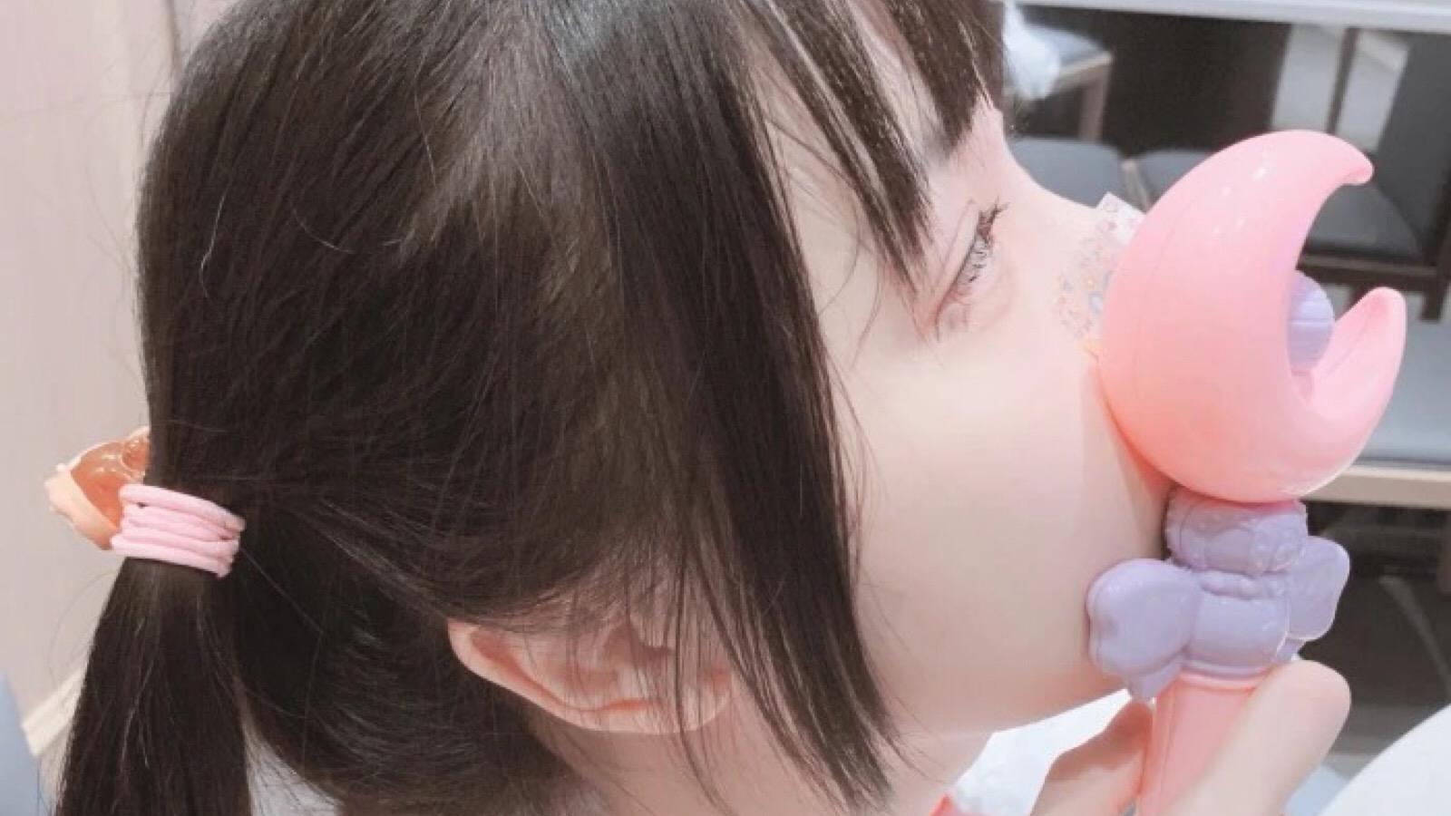 草莓味の小圆 酥软萝莉哄睡 欧尼酱 让你耳朵怀孕