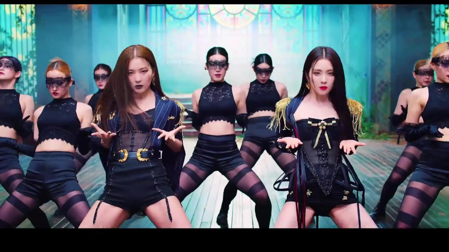 Red Velvet Irene&涩琪小分队出道曲《Monster》官方MV公开
