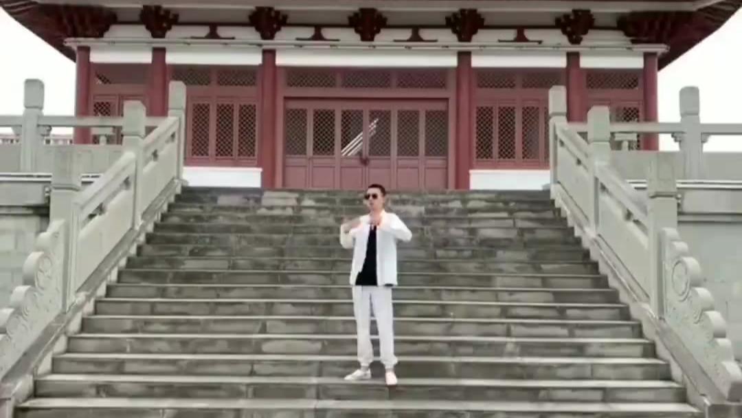 【土味合集】所有精神小伙全部听令!