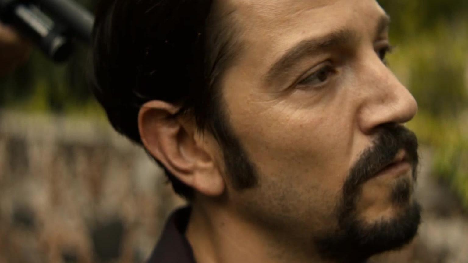 生猛爽剧《毒枭:墨西哥》第一季-5:真实人物改编讲述反毒战争的起源