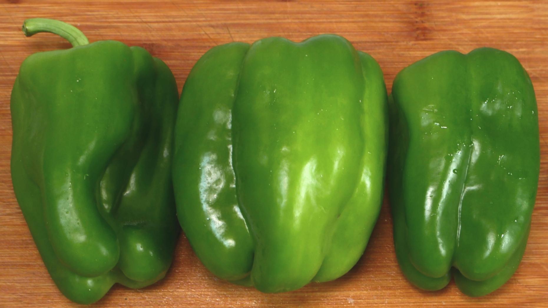 青椒这样做实在太香了,鲜嫩多汁,开胃下饭,比吃红烧肉还过瘾