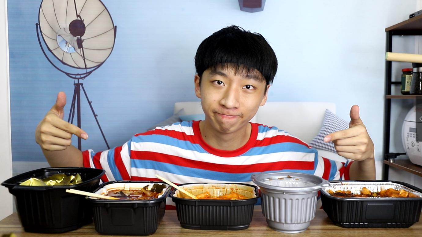 自热食品原来这么多?帅小伙一次性买来五款奇葩自热食品,到底哪个最好吃