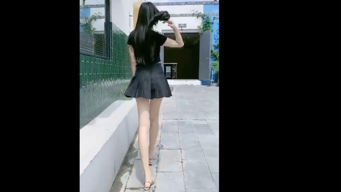 【身材太好】那些高点击率性感漂亮小姐姐跳舞街拍合集