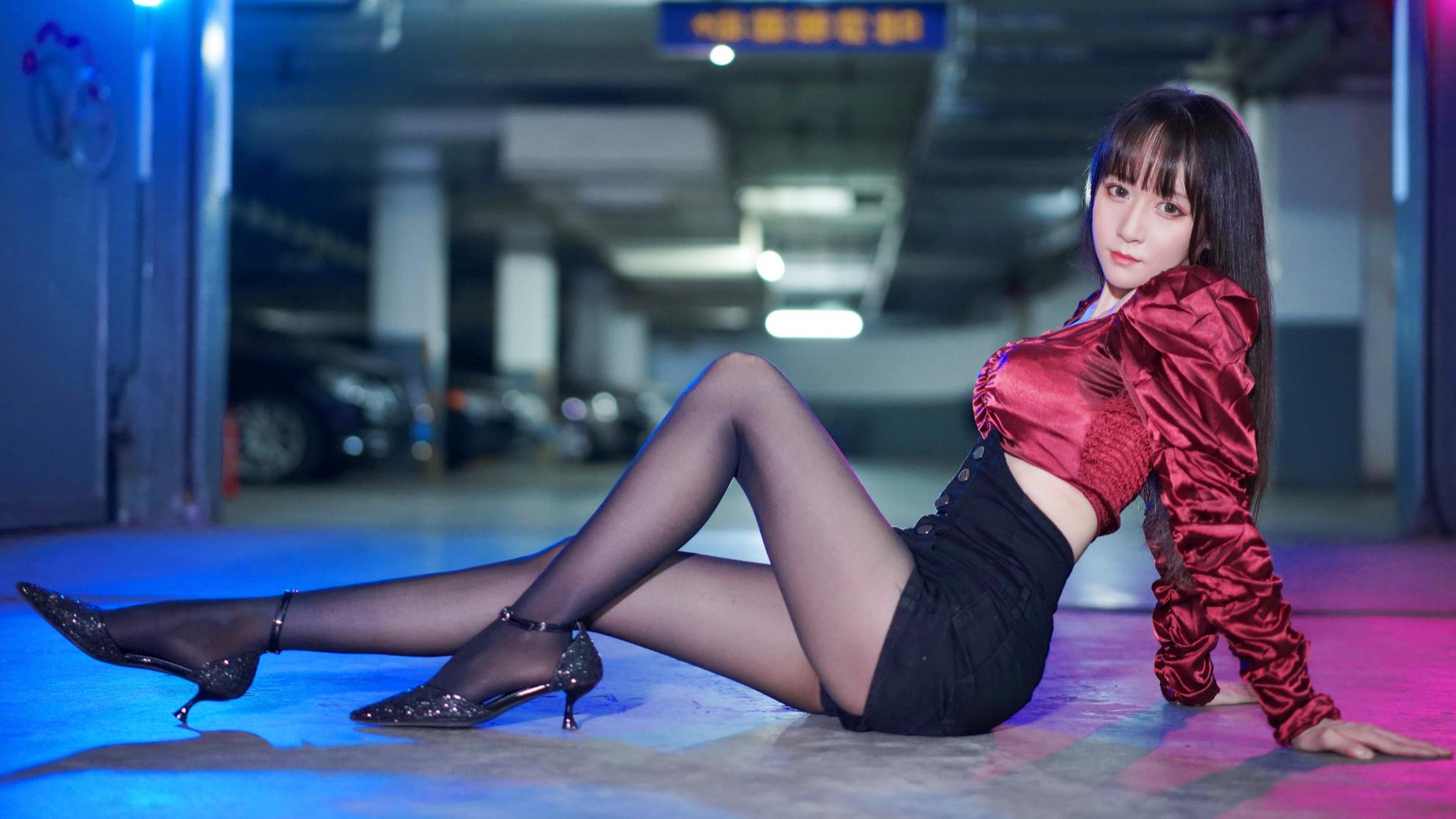 【麻衣】Maria❀性感酷girl车库蹦迪,在线莎你【2P竖屏】