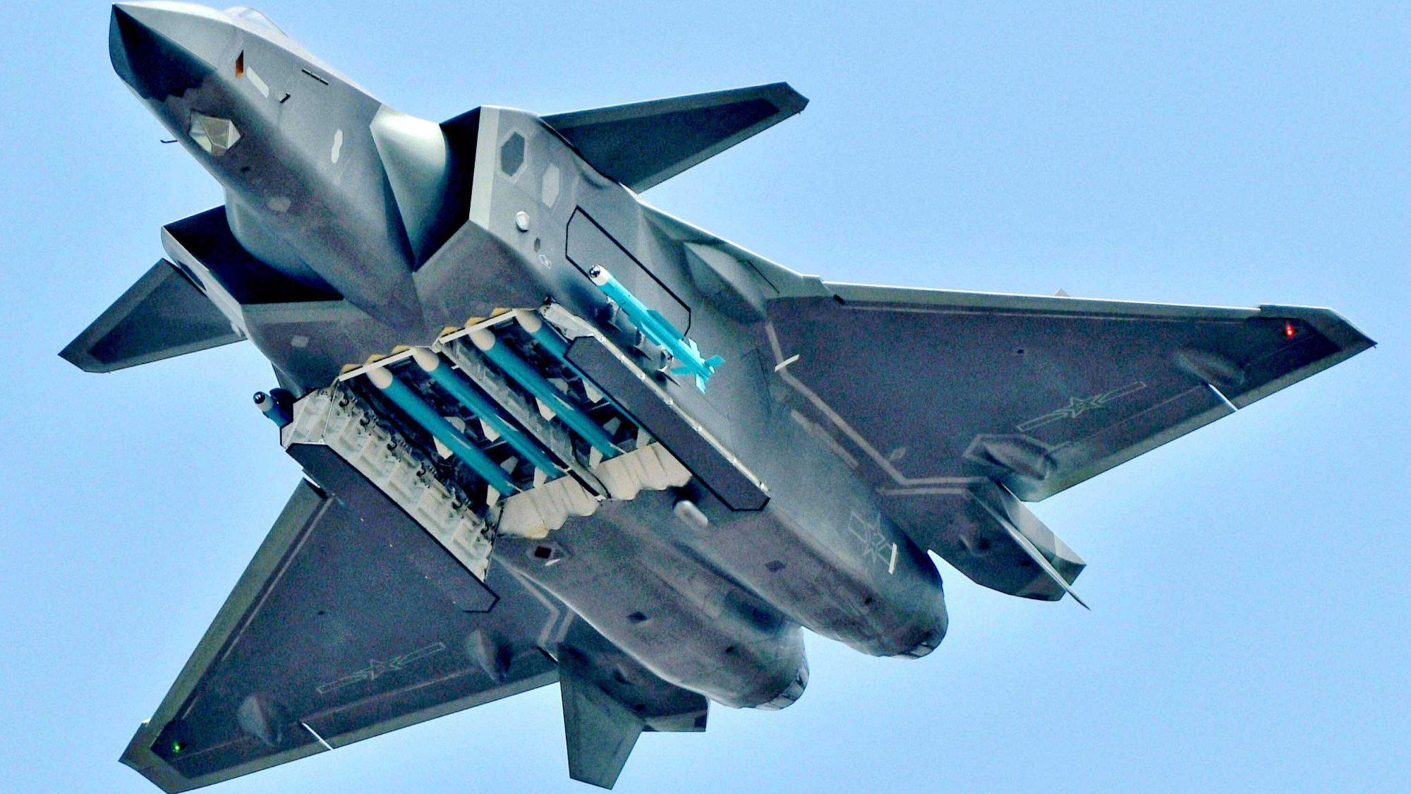惊天大逆转!歼20将迎来150架批量交付,开启下饺子模式,迎头追赶美军F35
