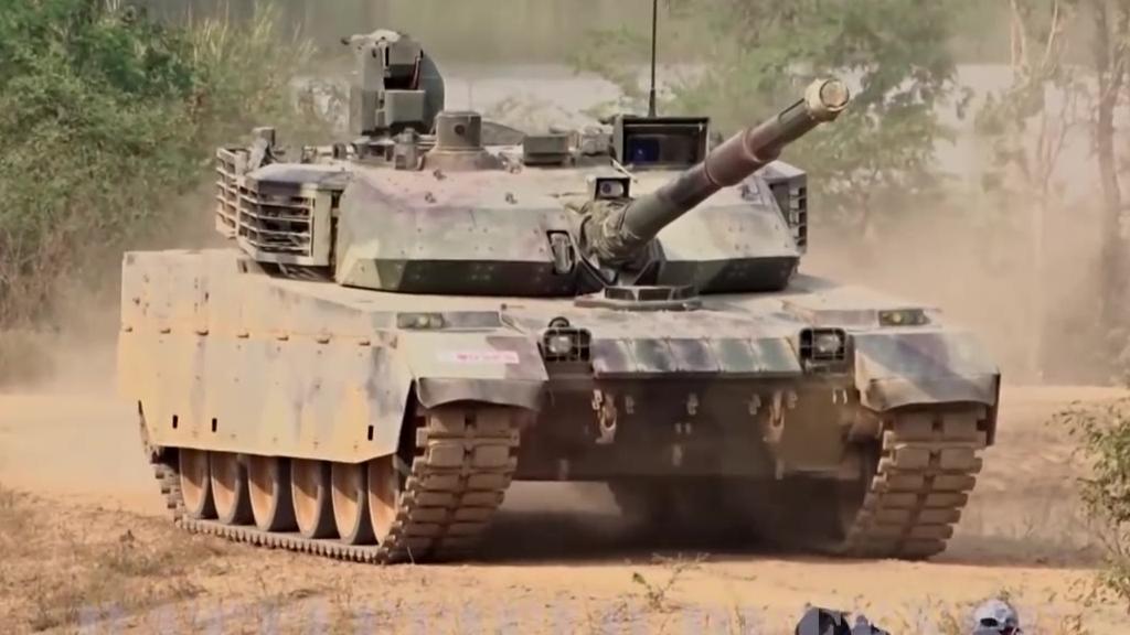 泰国军方VT4展示