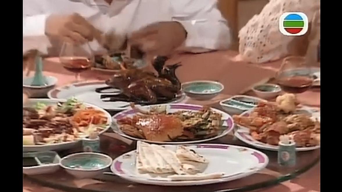 吃戏:张曼玉被鬼上身喝汤太粗鲁,刘青云吃烤鸭,看饿了