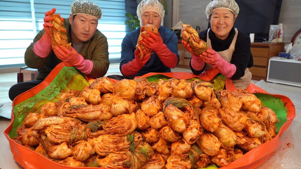 记录去年冬天爸妈制作泡菜的全过程,自制美食吃起来很安心哦~