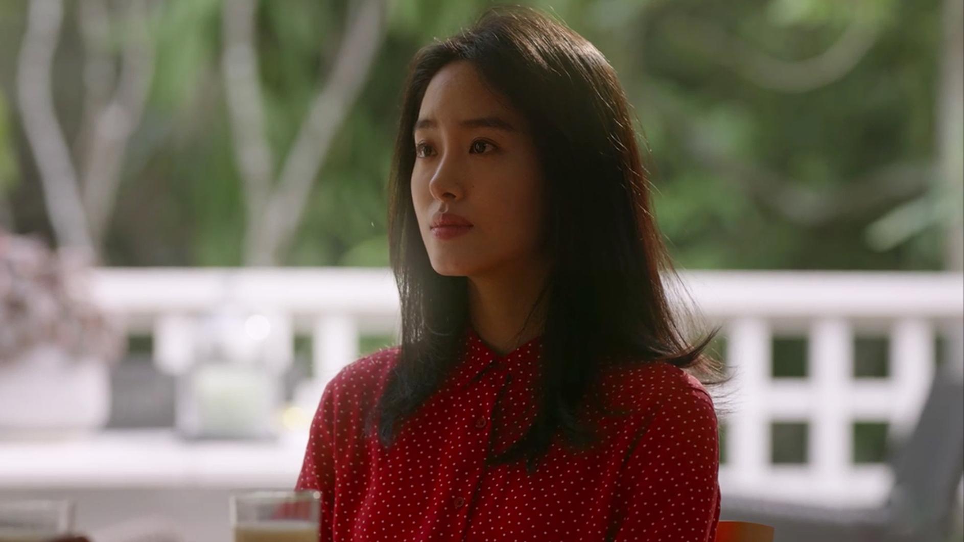 8月爆火的越南歌曲《Huynu De A》,歌词听不懂,但是旋律很魔性
