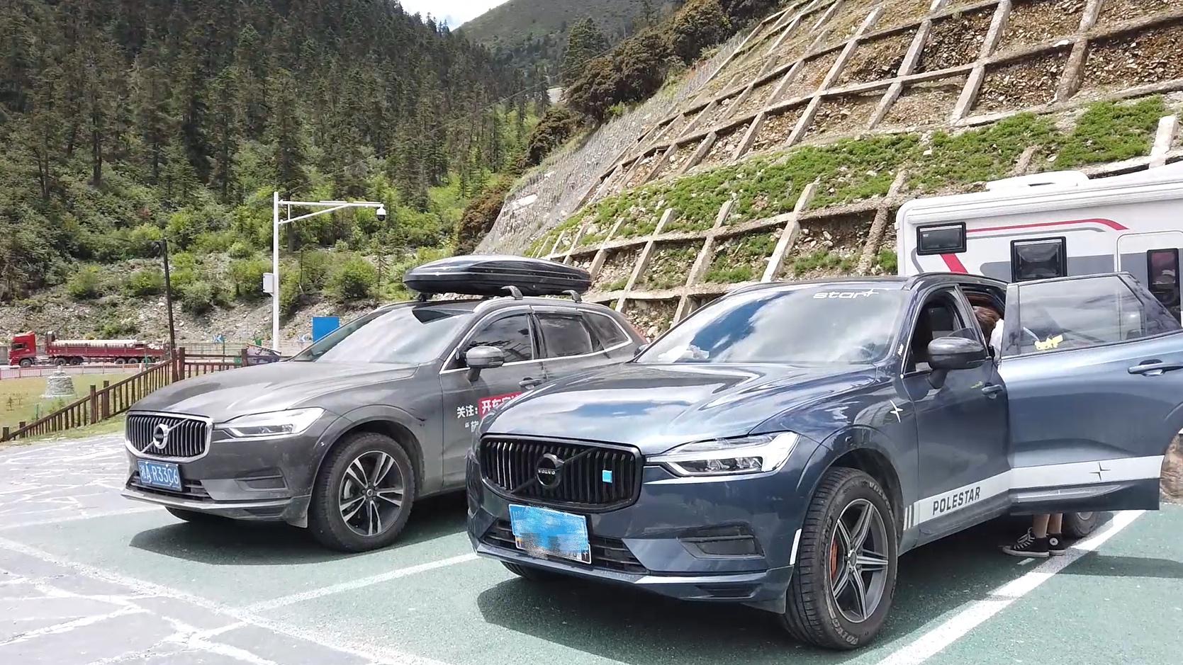 川藏自驾遇改装XC60,一对卡钳竟然1W多,刷北极星山路驾驶更爽