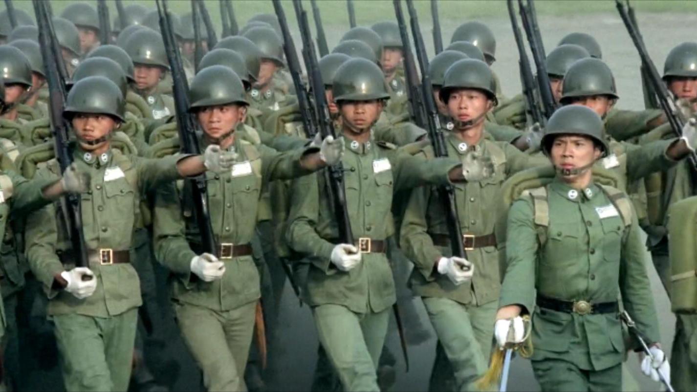 不同时期黄埔军校阅兵分列式对比!(建校、抗战、败退、复校)