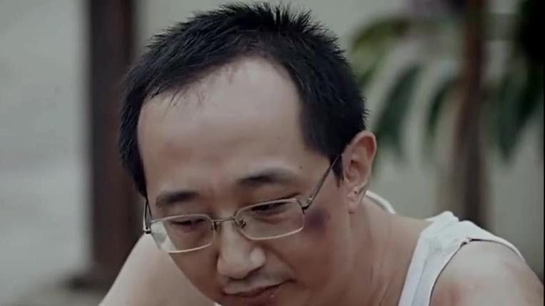 现游戏科学(黑神话-悟空制作公司) 尤卡 曾担任【斗战神】策划.   杨奇 负责【斗战神】概念设计