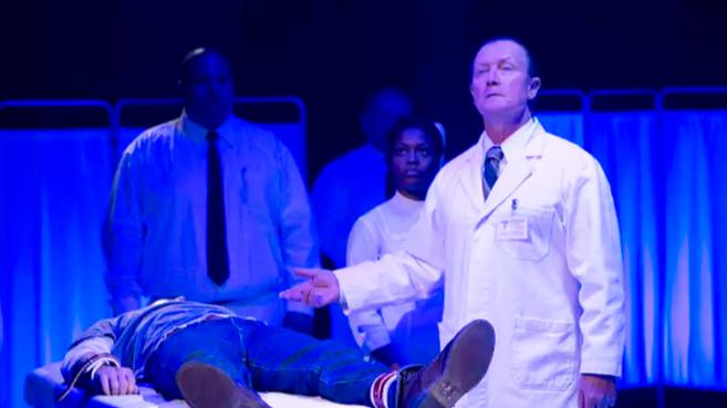 4人作死,来到了废弃20多年的精神病院,谁知被鬼抓去做了实验
