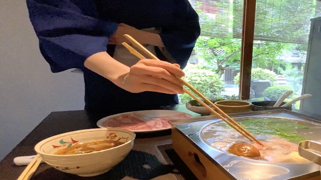 原来日本火锅是这种吃法,除了放肉和蔬菜,这个才是最美味的!
