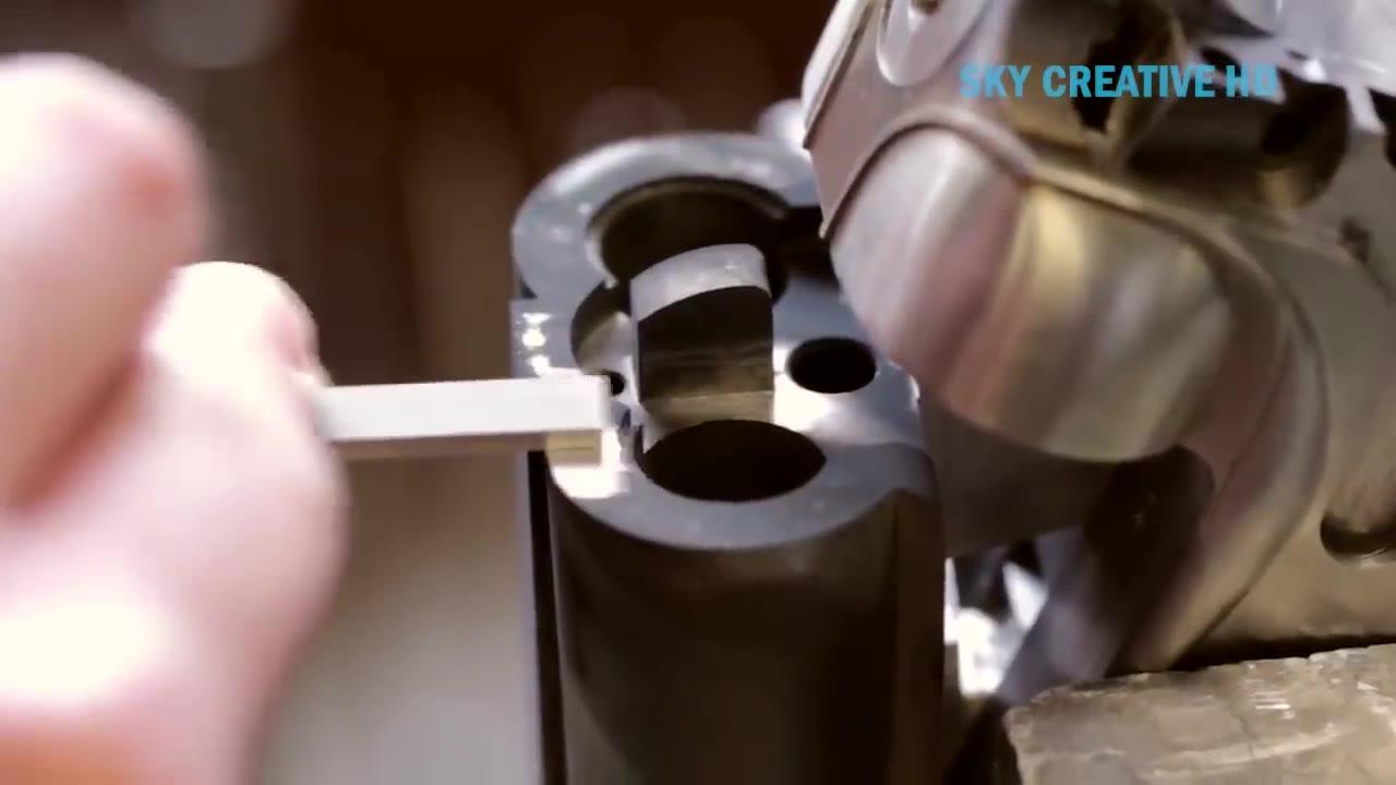 当你看到这个强大的制枪过程时,你会感到震惊。不可思议的子弹