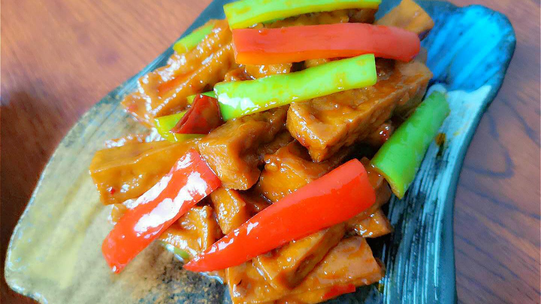 不骗你,豆腐这样做真的很好吃,跟吃肉一样