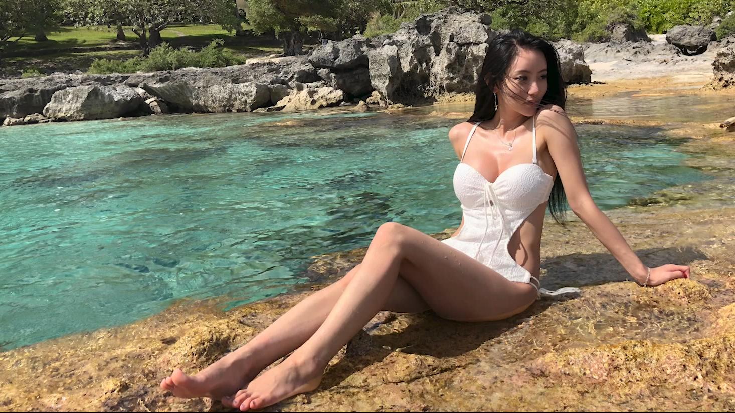 周四的一日约会~就和你们的架子鼓女神雅妍曲关岛玩吧