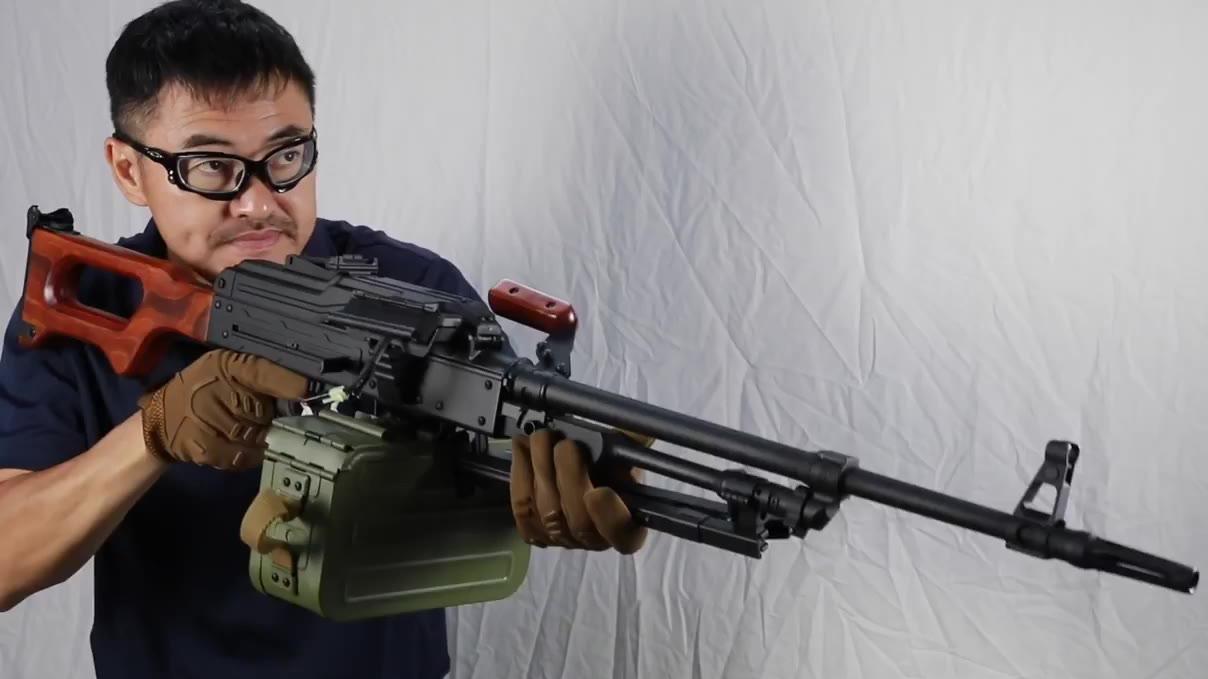 【壕堺大叔】A&K 巨**沉的纯正毛系猛男AEG 通用机枪PKM