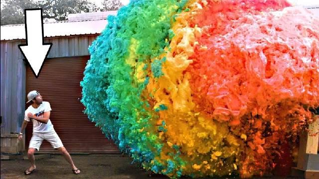世界最大的魔鬼牙膏爆炸