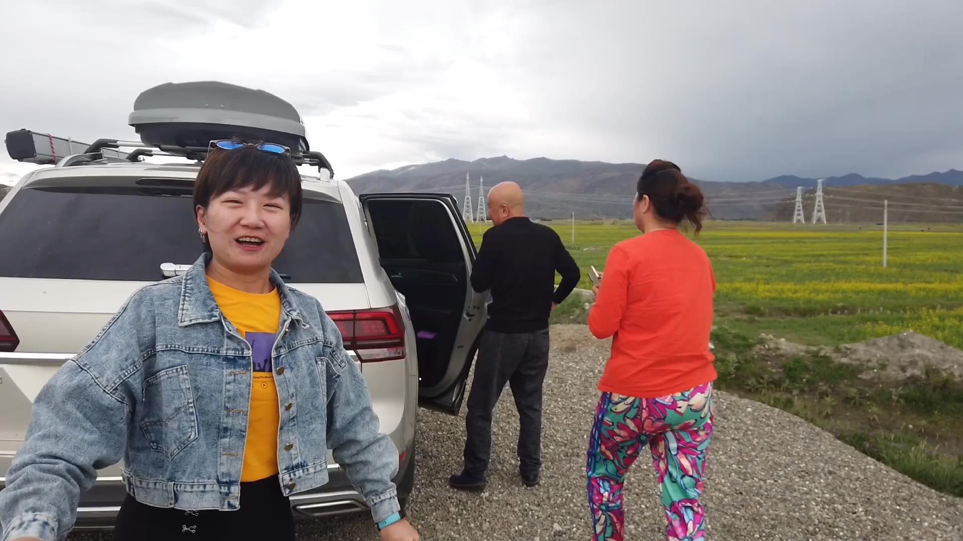 途昂改床车空间超大,退休夫妻自驾游西藏,这退休生活方式羡慕吗