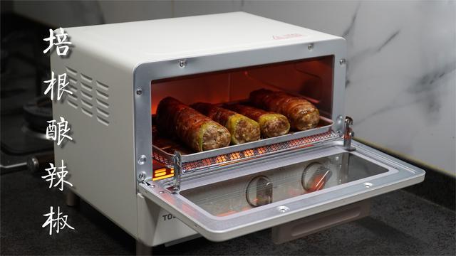 只用烤箱就能做的培根酿辣椒 @Sofronio
