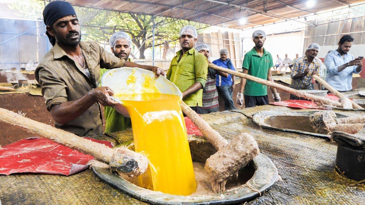 印度街头爆款黑暗小吃,巨型大锅炖糊糊,一锅就够上百人吃饱!