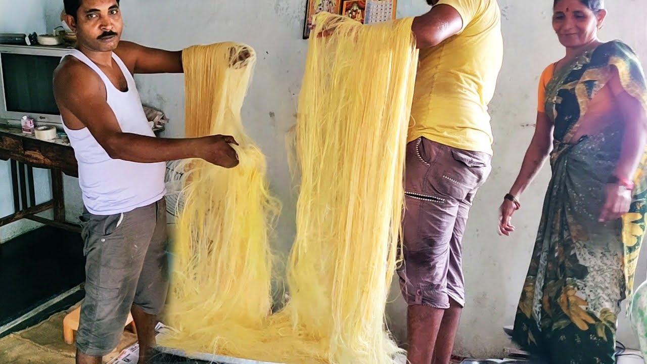 印度人纯手工做的这种糖叫龙须糖,制作全凭手感!