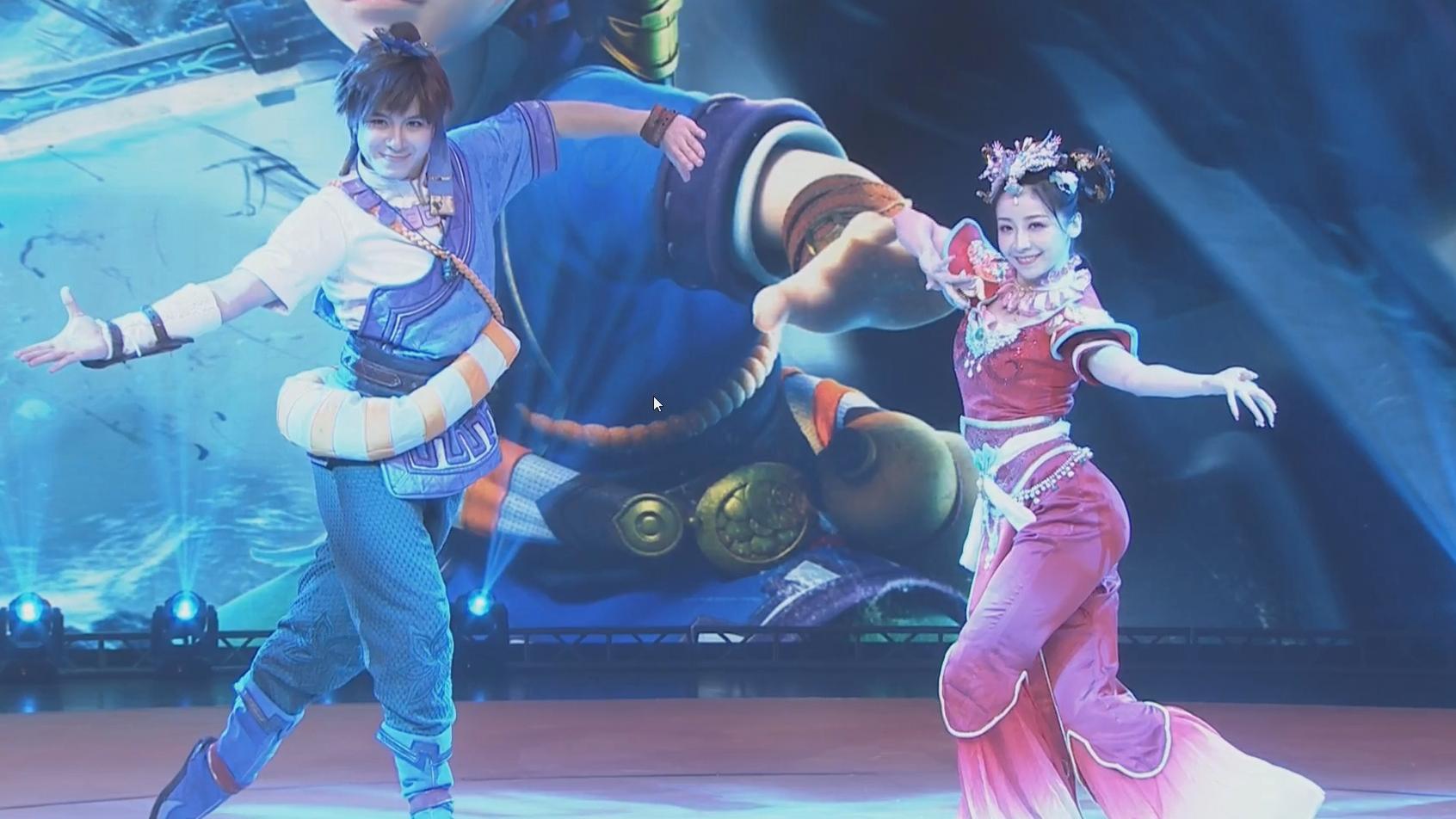 《满城雪》:舞天姬(紫颜)、剑侠客(本来想录点比赛视频,结果看到紫颜跳舞了)