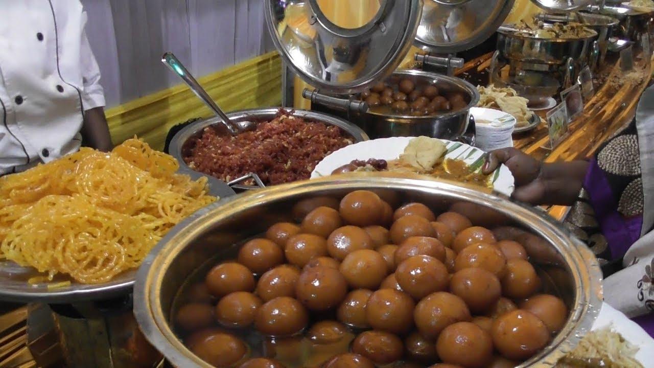 知道印度婚礼上都吃的是什么吗,带你去现场看看