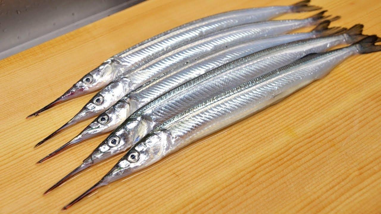 新鲜的秋刀鱼, 转眼就被大师傅犀利的刀工做成刺身, 你给几分