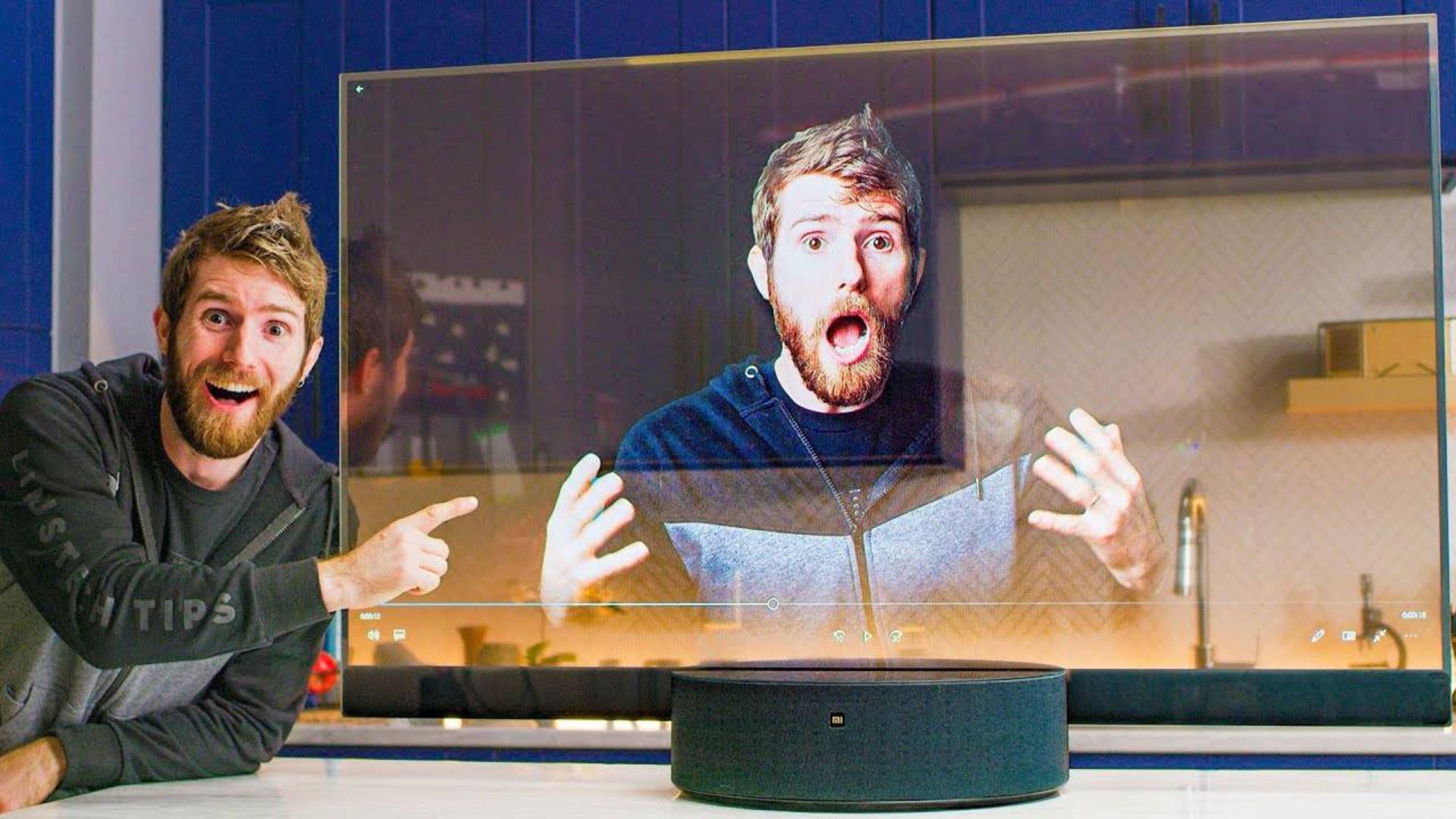【官方双语】小米透明电视国外卖7200刀?#linus谈科技
