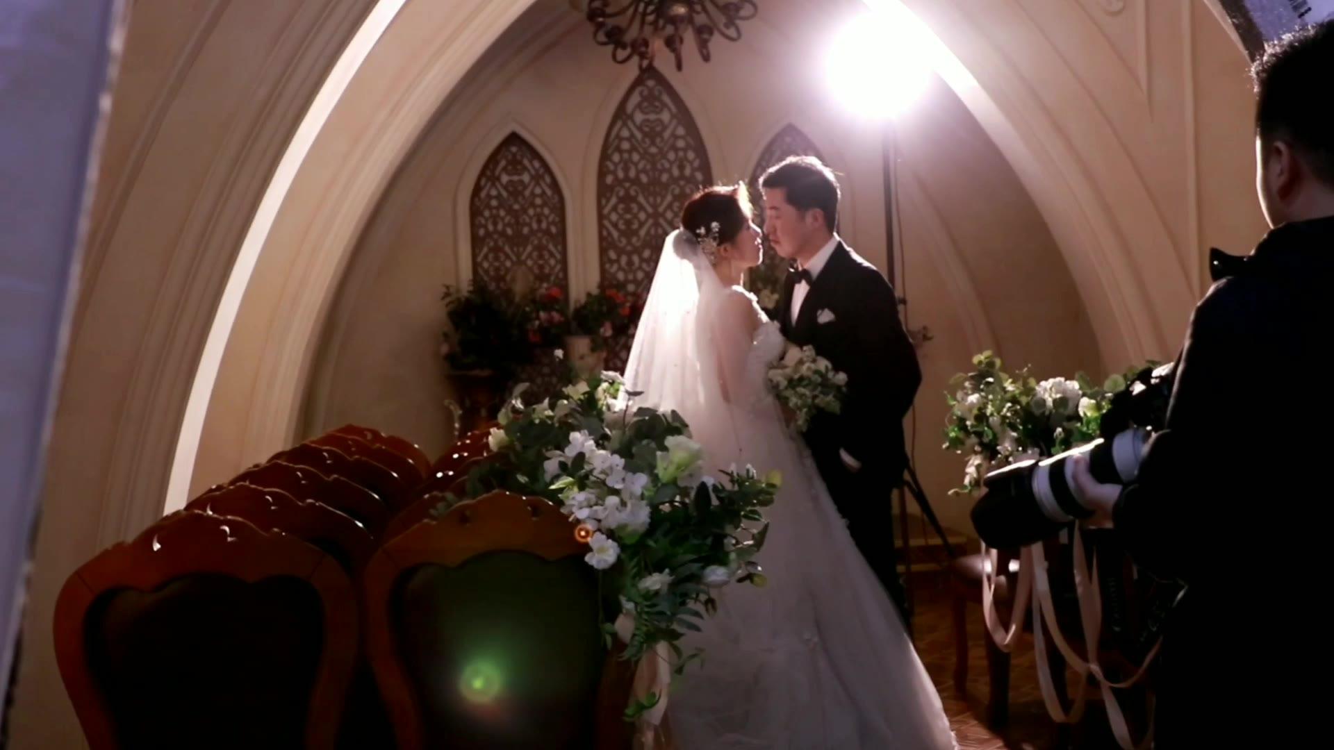 结婚vlog 要拍婚纱照,先要踩高跷