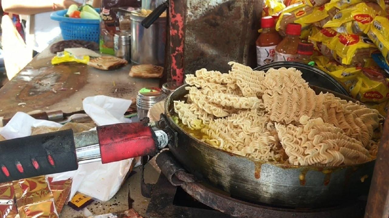 印度人煮的泡面让人眼界大开,看完过程,感觉整袋泡面都被毁了!