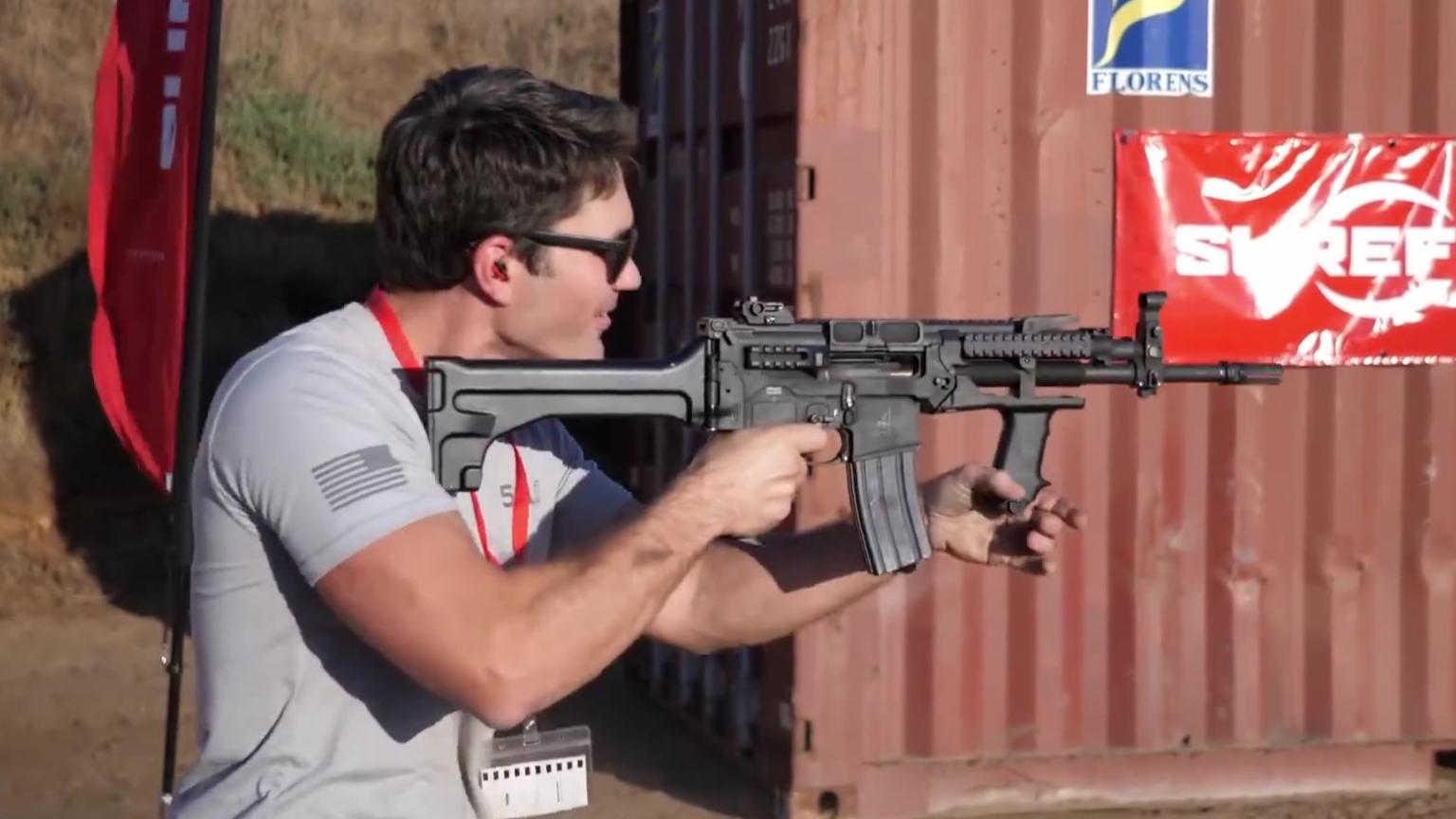 """拥有""""无敌""""血统的零后坐力机枪-MGX丨火器"""