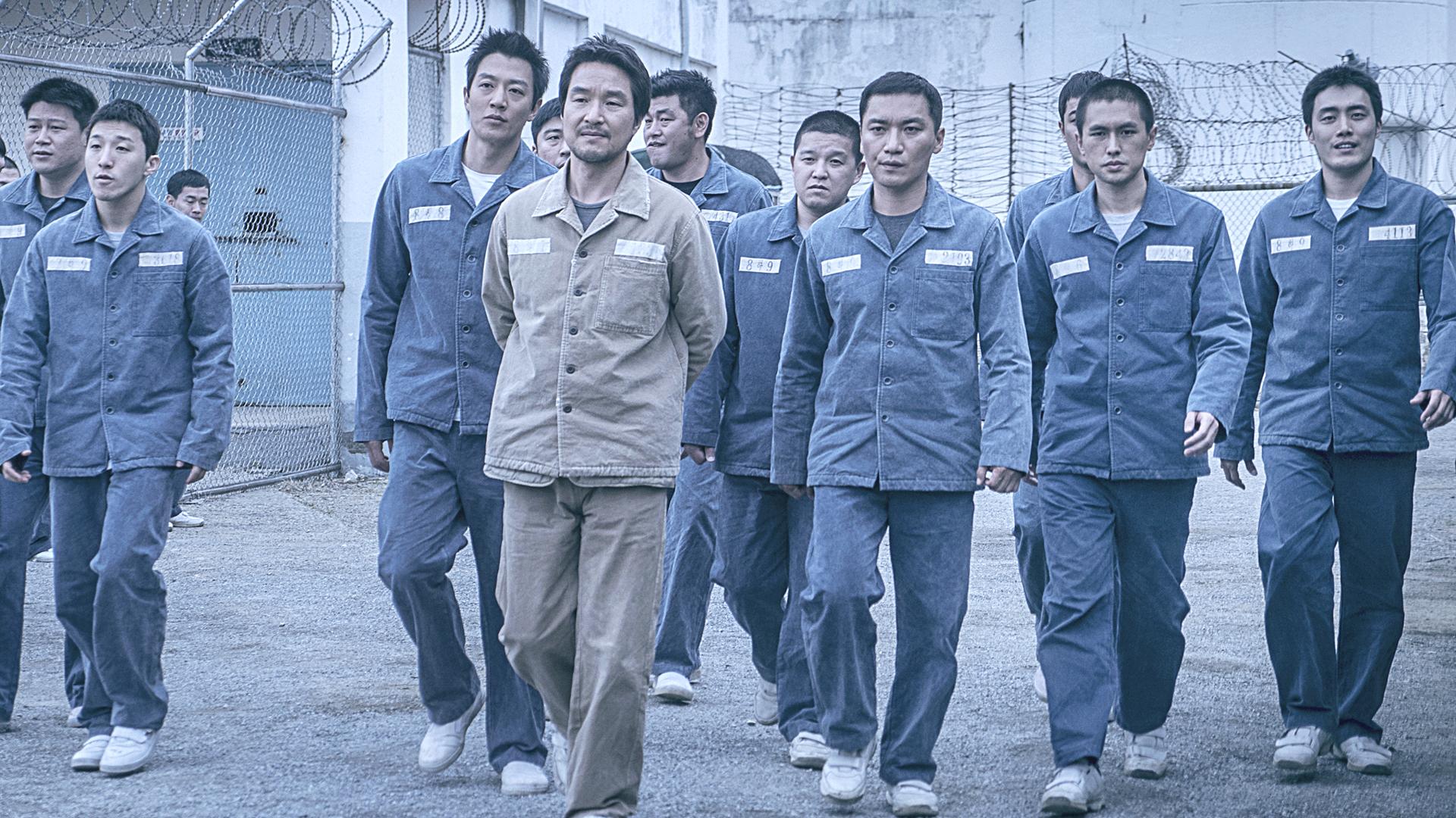 大叔打造监狱王国,大门自由出入,放他出去都不愿走,韩国犯罪片