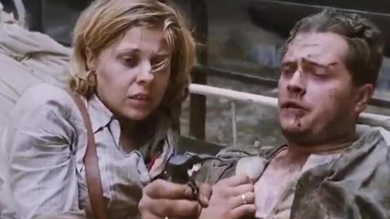 电影《浴血华沙》片段,带你体会二战的血腥和残酷。希望没有战争!!
