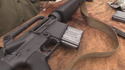[hickok45]柯尔特M16A1步枪