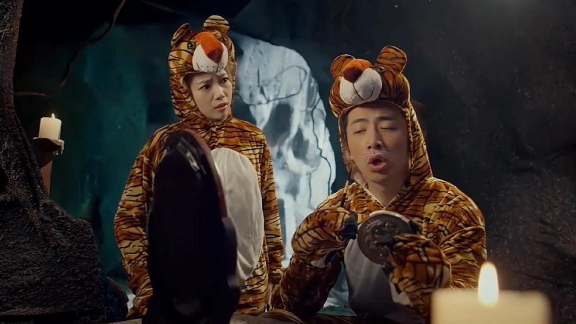 6版武松打虎,2020版最凶猛,还有拍摄用真老虎的