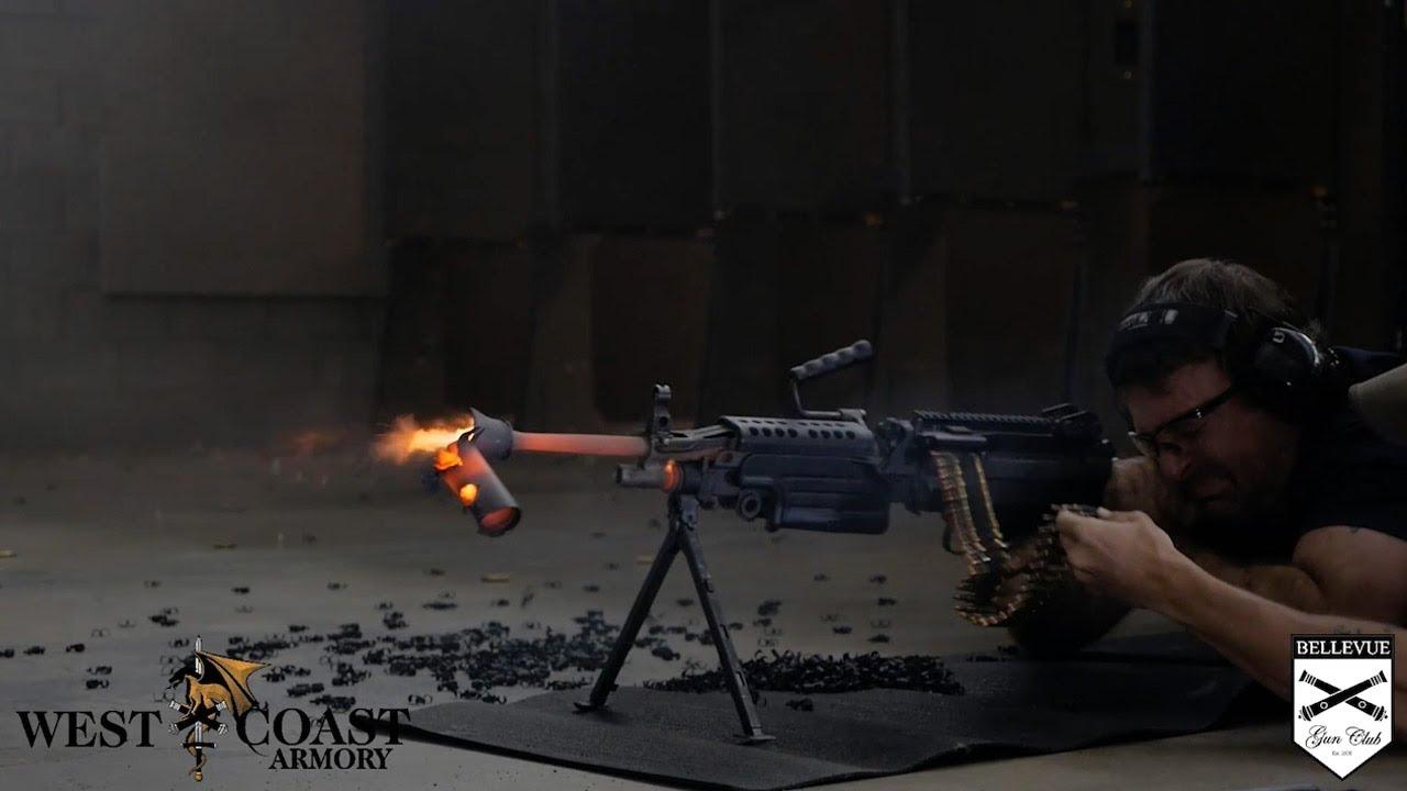 M249 SAW连续射击700发子弹后...
