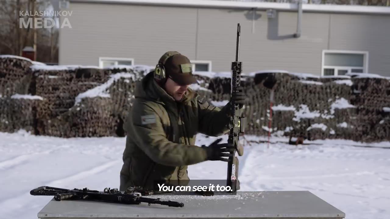 AK-12 VS M4 极限测试对比!