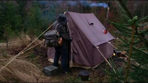 【欧美露营】3天冬季露营-老式帆布墙帐篷,丛林大本营,暴风雪,柴炉