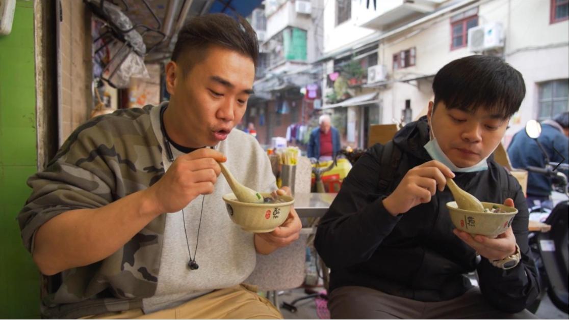 海珠区这条老街可以说陪伴了几代人一起成长,随便一家街边小店都很有味道!