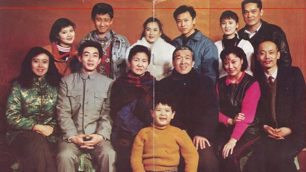 【独家】【何止电影】全是老戏骨!关于中国人过年最好的电影,这才是真正的过年!《过年》