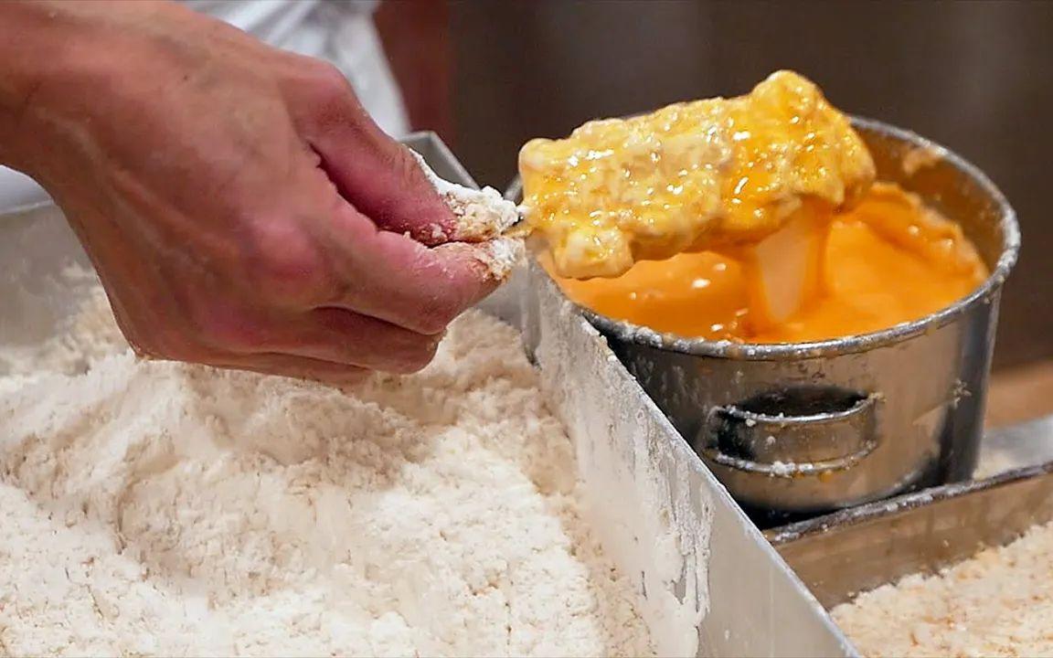 日本美食——焦黄酥脆的炸猪排