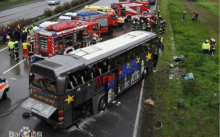 最严重的交通事故(开屏雷击,慎入)