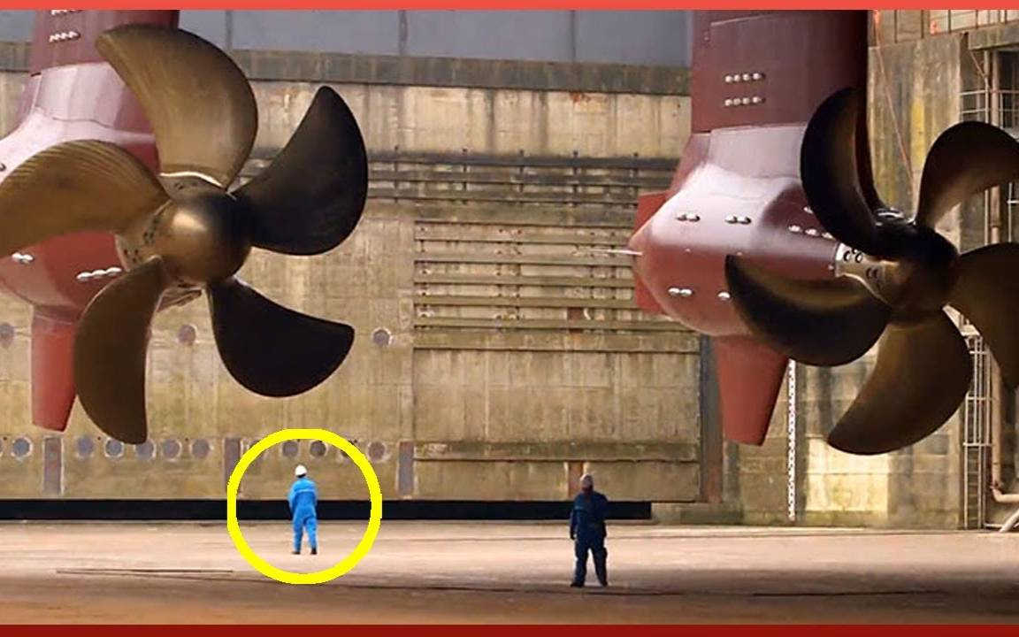 巨型船舰推进器等各种超大零件的生产过程