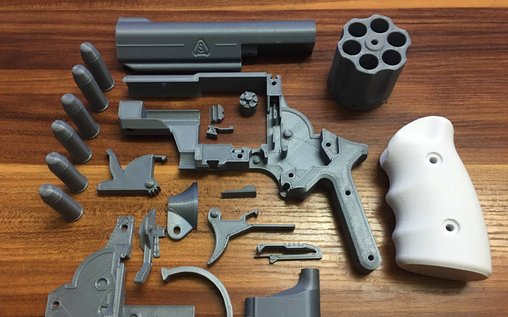 PROP 马格南/麥林.44 转轮/左轮 组立【3D打印 COSPlay 手办模型】