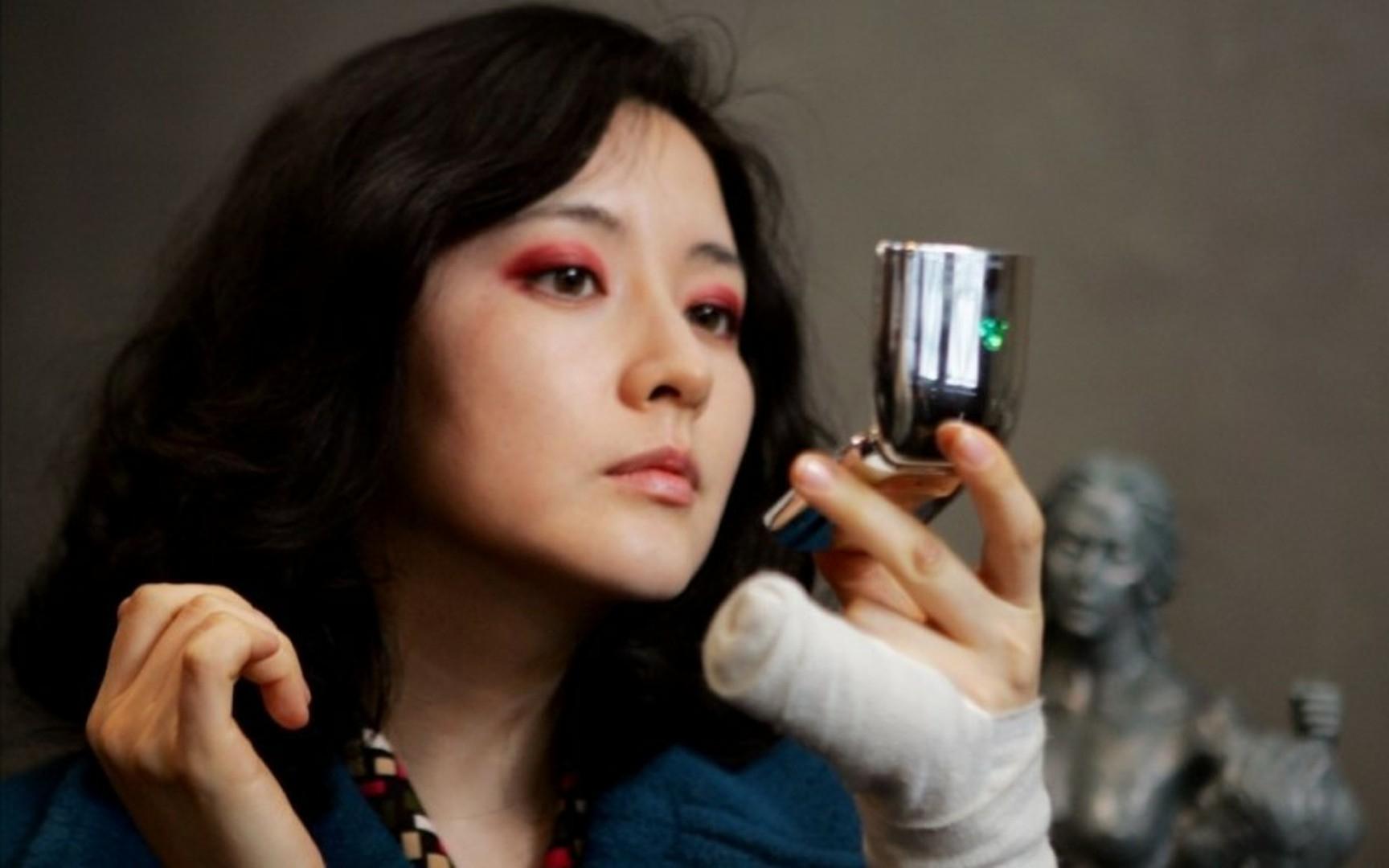 豆瓣8.0分,奉为神作的韩国犯罪片,一个女人的绝美复仇