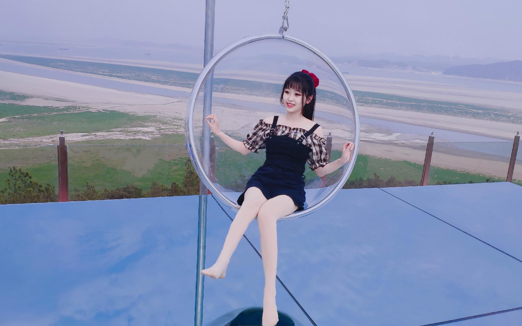 真·天空之镜!几十米高空钢化玻璃上跳舞!I CAN T STOP ME【韩舞初试】