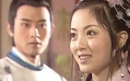 【邸生】:庞飞燕:公孙策,终究,我还是没能等来你向我爹爹的提亲!